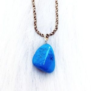 Tumbled Blue Agate Crystal Necklace